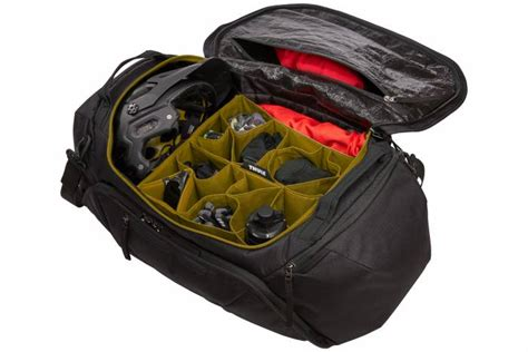 Cyclist Duffel: Thule Launches 'RoundTrip' Multiday Carry