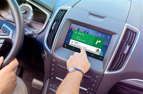 Ford SYNC 3 : Android Auto et Apple CarPlay s'intègrent