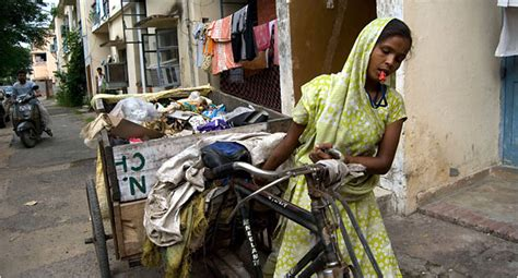 Picking Up Trash by Hand, and Yearning for Dignity - The