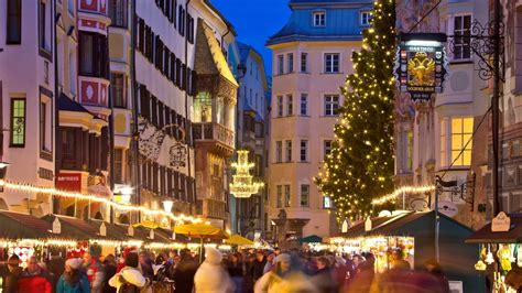 OLD TOWN - INNSBRUCK - CHRISTMAS IN THE MOUNTAINS