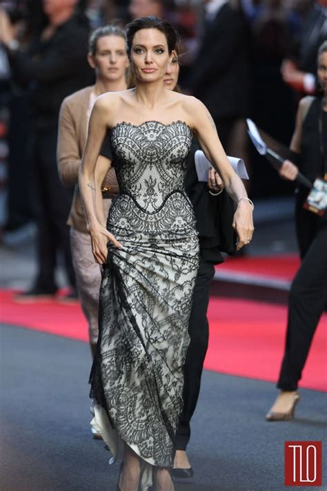 """Angelina Jolie in Gucci Première at the """"Unbroken"""" World"""