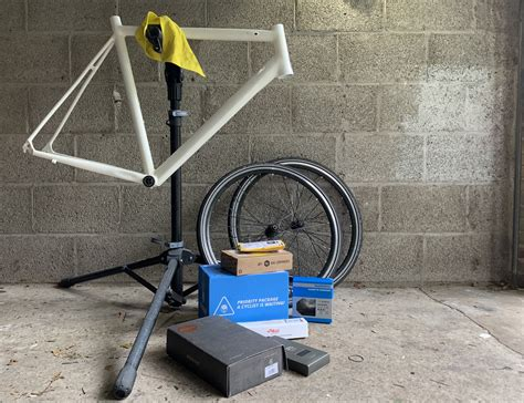Creating a minimal road bike - Recombining and refinishing