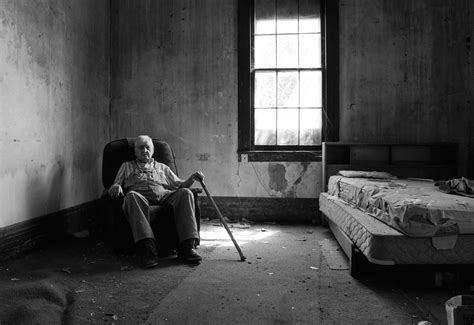 Ted Stein, 90 years old, revisits his old childhood home